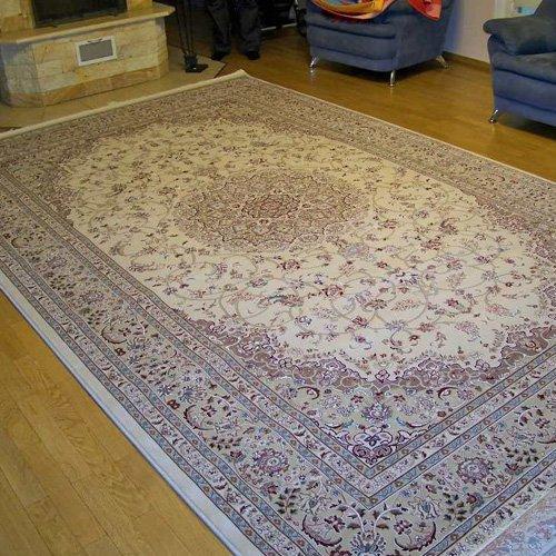 Красивий килим - це статус
